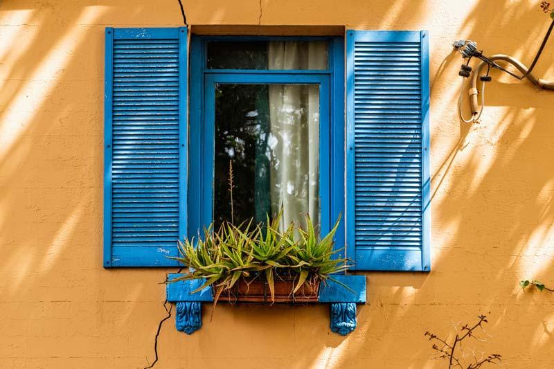 Limpiar ventanas madera